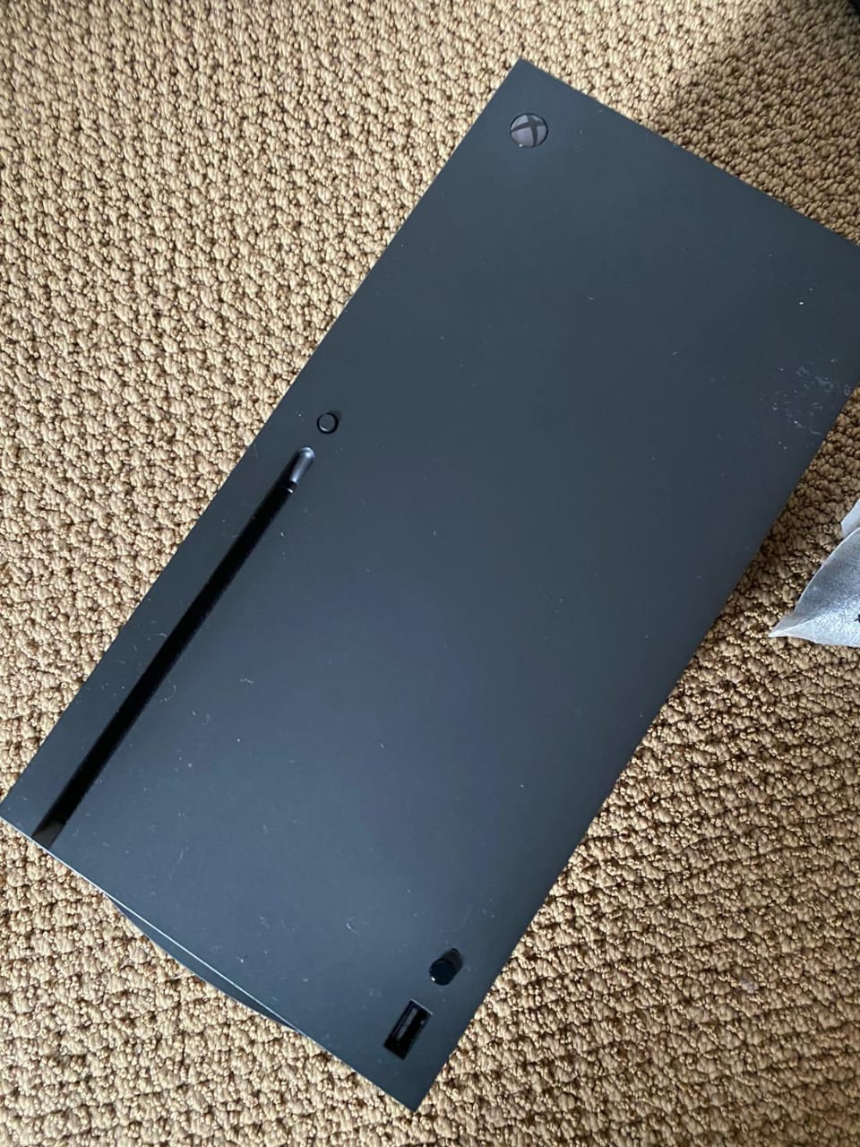 Xbox Series Xのプロトタイプの写真がリーク、USB-CではなくUSB-Aポート搭載