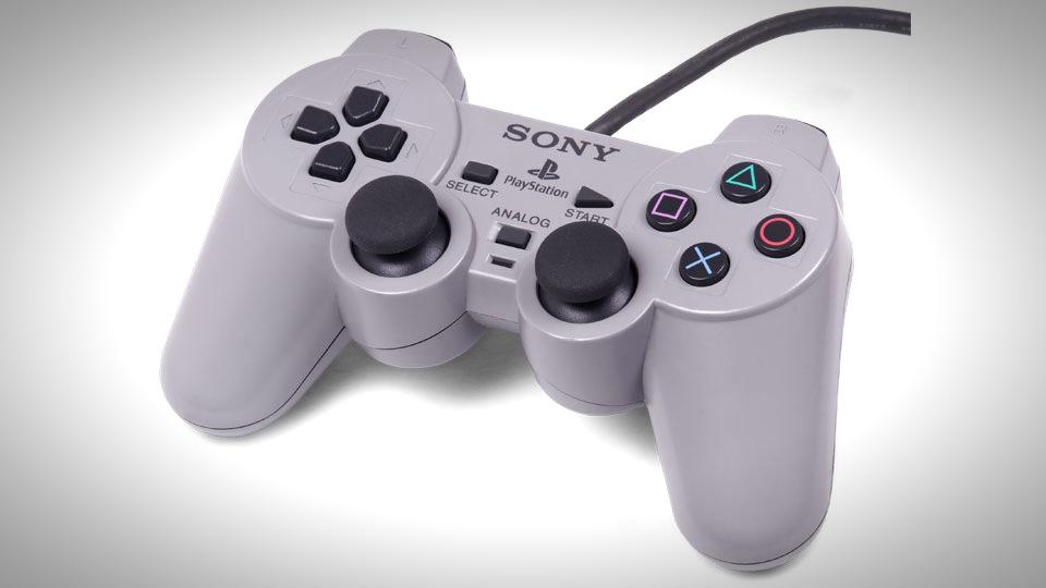 PlaystationController evolution 01
